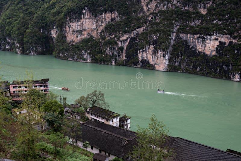 Landskap i den Wu flodklyftan royaltyfri bild