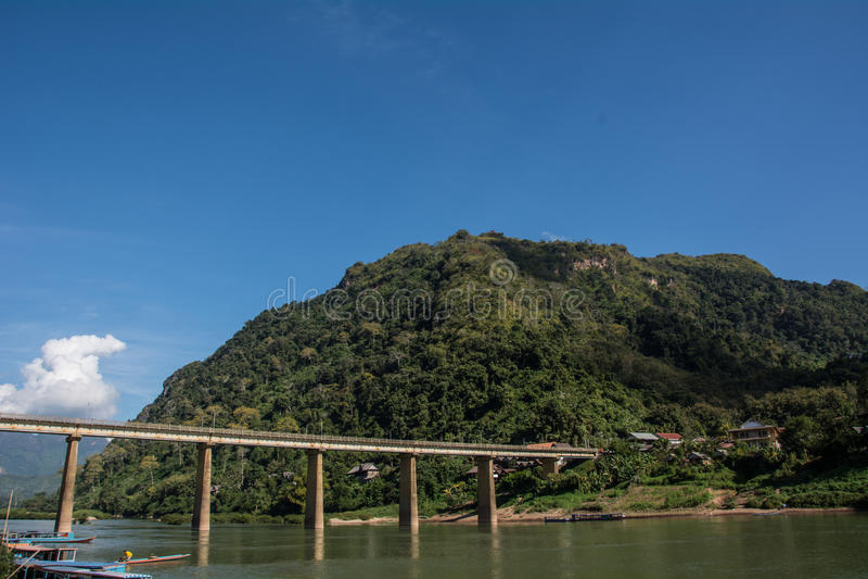 Landskap i Nhong Kheiw fotografering för bildbyråer
