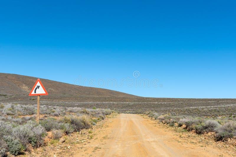 Landskap med ett vägmärke, på vägen R356 Ceres arkivfoton