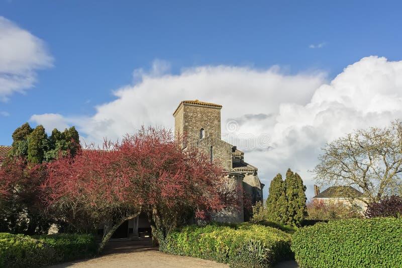 Landskap med kyrkan arkivbild
