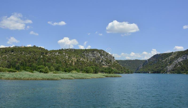 Download Landskap nära Skradin arkivfoto. Bild av europa, green - 78725240