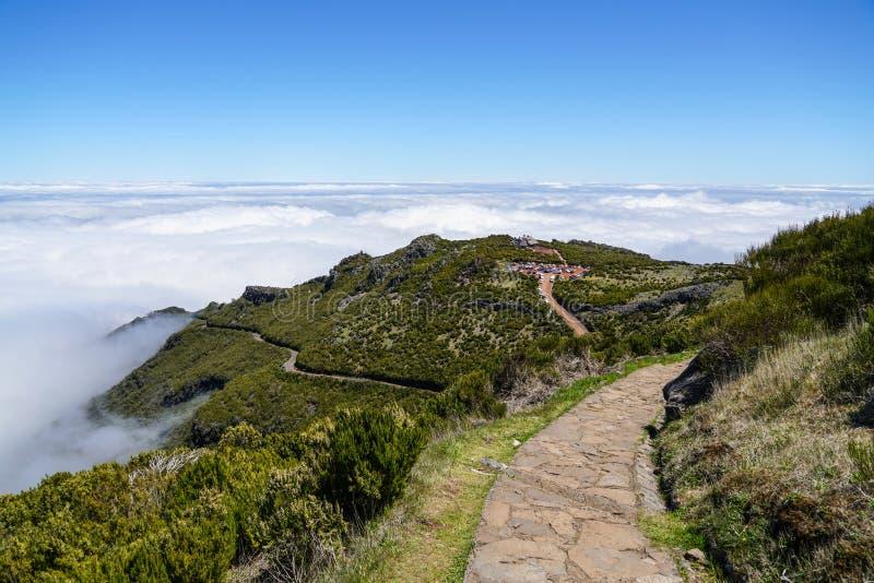 Landskap p? Pico de Ruivo i madeira arkivfoto