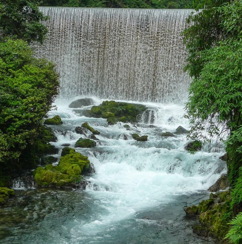 Landskapet i sceniska fläckar för libozhangjiang, guinzhou, porslin royaltyfri foto