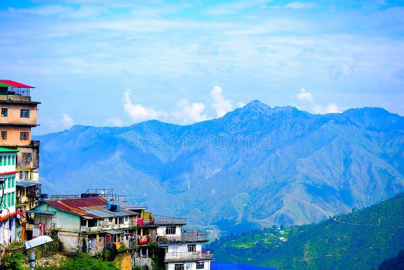 Landskapmussoorieuttrakhand Indien royaltyfri fotografi