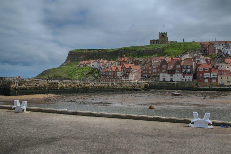 Landskapsikt av Whitby, North Yorkshire royaltyfri fotografi