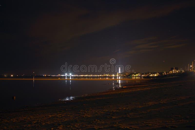 Landskapstad på natten från truro arkivfoton