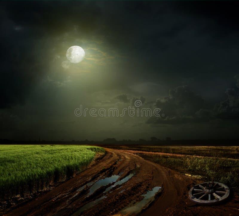 Download Landstraße stockbild. Bild von reise, nacht, land, nave - 27726083