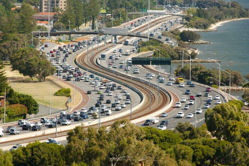Landstraßenverkehr lizenzfreies stockfoto