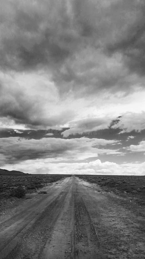 Landweg aan de horizon royalty-vrije stock foto