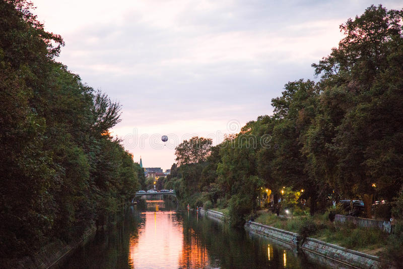 Landwehrkanal, Berlijn royalty-vrije stock afbeelding