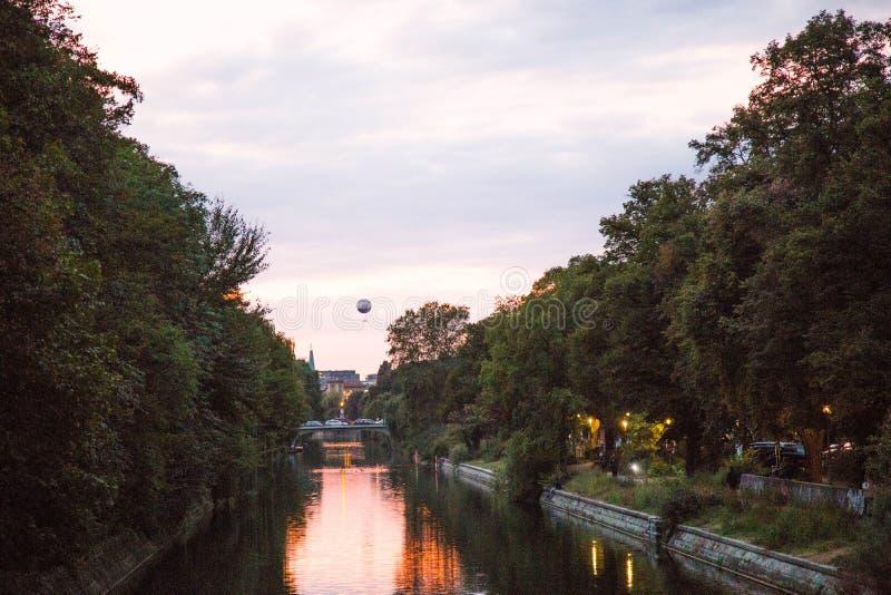 Landwehrkanal, Berlim imagem de stock royalty free