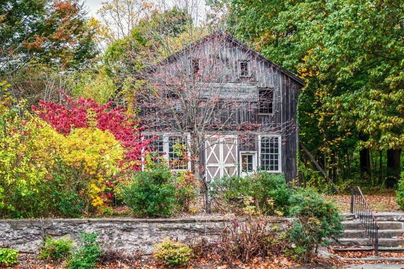 Landwirtschaftliche Herbstszene lizenzfreie stockbilder