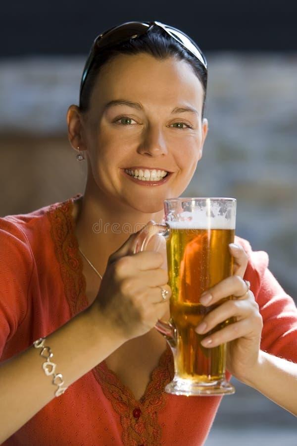 Lang Koel Bier royalty-vrije stock afbeeldingen