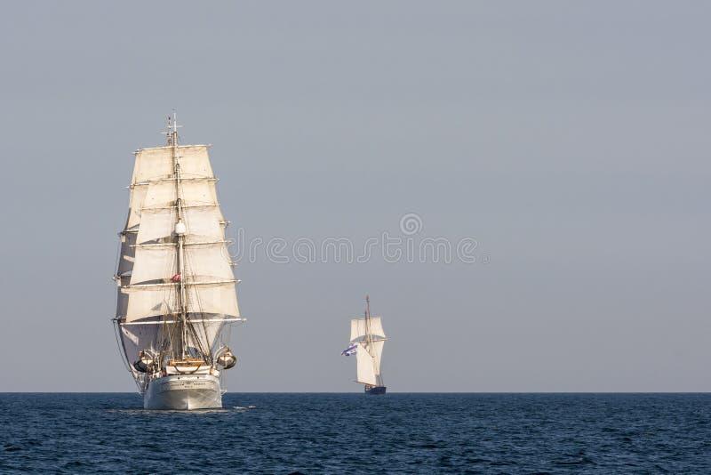 Lang schip Christian Radich van astern stock foto