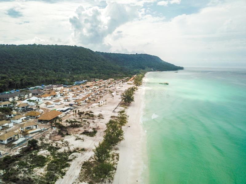 Lang strand op Koh Rong, Kambodja stock foto's