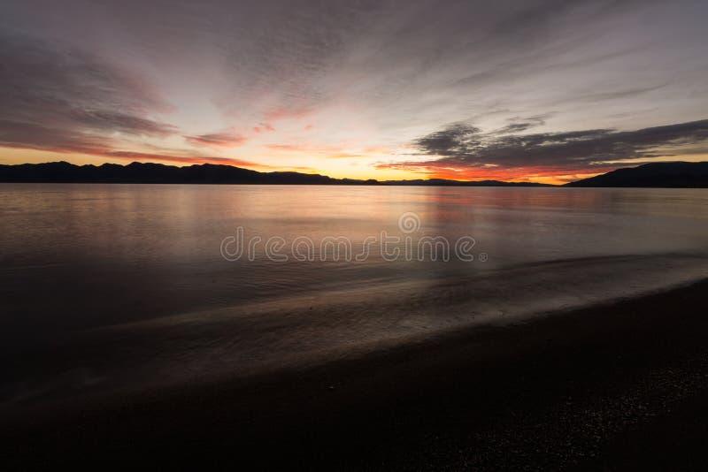 Lange blootstelling tijdens zonsopgang royalty-vrije stock fotografie
