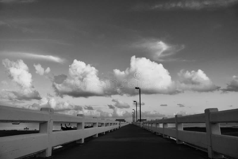 Lange Brücke stockbild