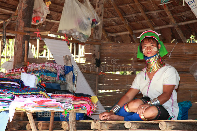 Lange halsstam in Thailand royalty-vrije stock afbeeldingen