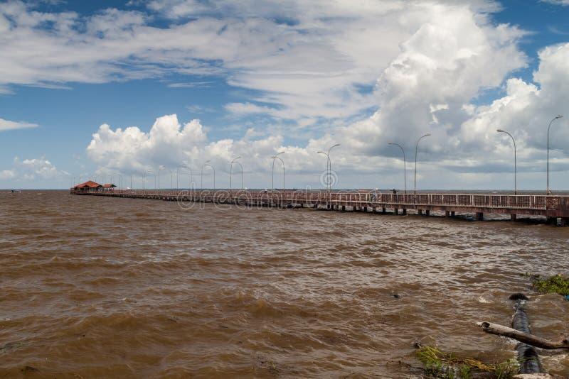 Lange pijler in Macapa, Braz royalty-vrije stock afbeelding