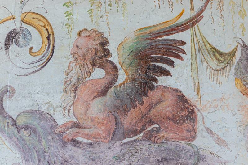 Langhirano, Italia: 2 giugno 2019: dettaglio di un affresco sulle pareti del castello di torrechiara a Parma immagini stock libere da diritti