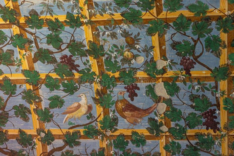 Langhirano, Italie : Le 2 juin 2019 : détail d'un fresque sur les murs du château de torrechiara image libre de droits