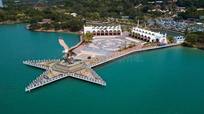 Langkawi, Malaysia - 18. M?rz 2019 Eagle Square in Langkawi Vogelperspektive von Eagle Square in Langkawi, nahe dem Kuah-Hafen di stockfotografie