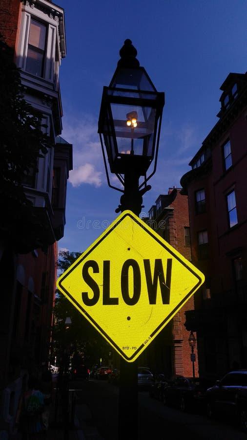 Langsames Verkehrszeichen von NYC lizenzfreies stockfoto