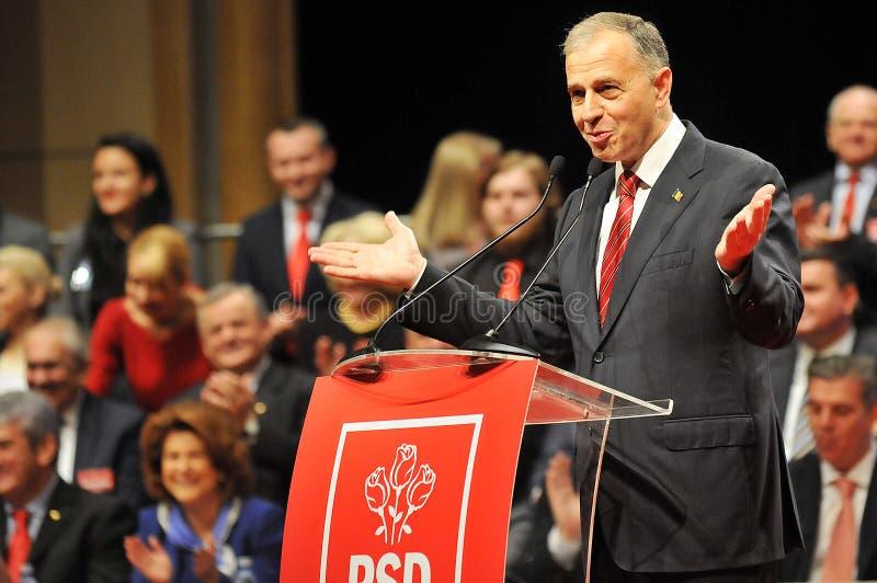 Languageduring anförande för rumänsk politikerMircea Geoana kropp fotografering för bildbyråer