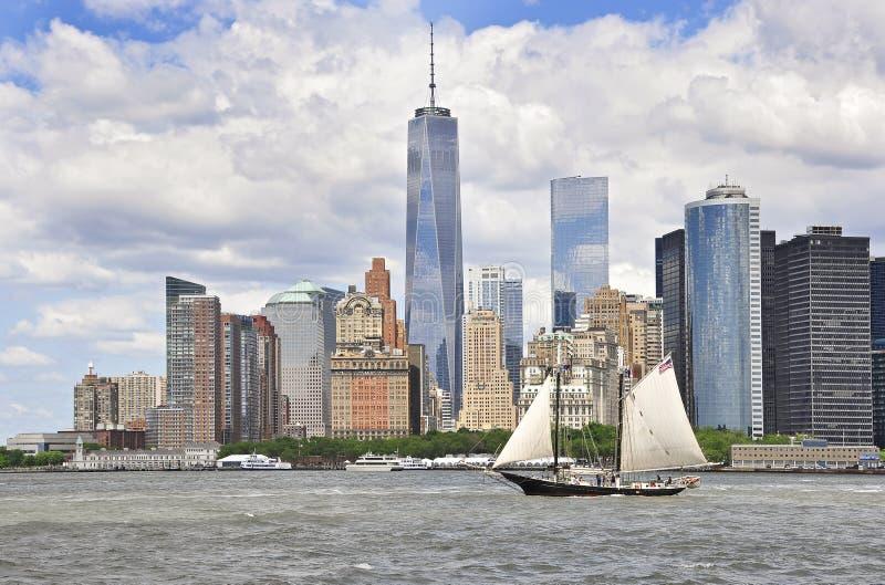 Langzame Boot aan New York stock afbeelding