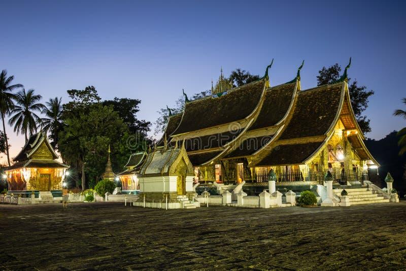 Lanière de Wat Xieng dans Luang Prabang images stock