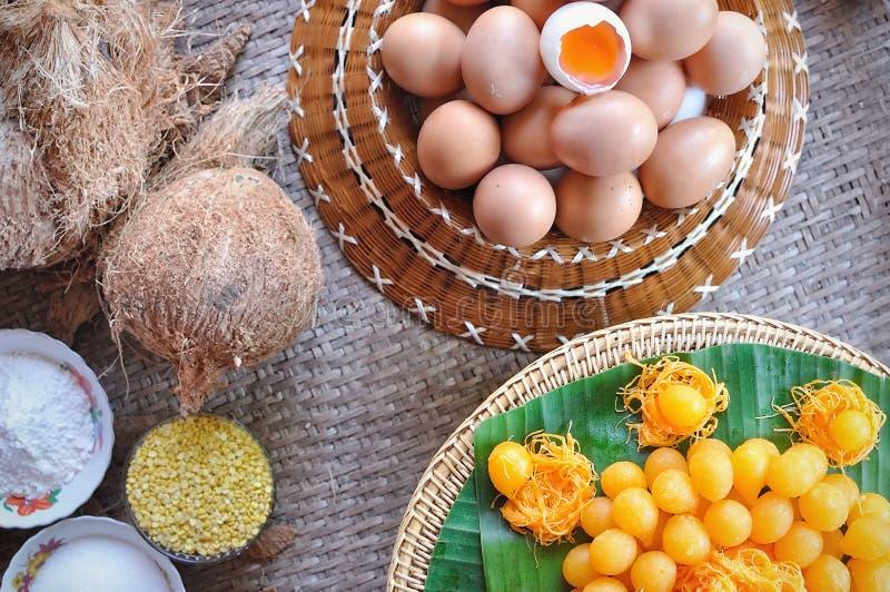 Lanière Yod et Foy Thong et x28 ; Desserts& traditionnel thaïlandais x29 ; avec l'ingrédient photo stock