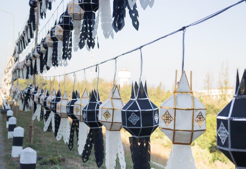 Lanna tailandês da lanterna tradicional do norte do preto da cor de Tailândia fotografia de stock