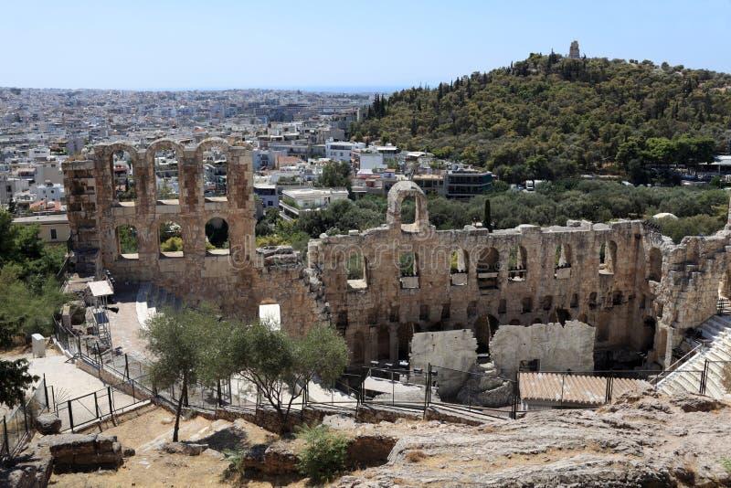 Lanscape d'Odeon antique d'Atticus de Herodes photo stock