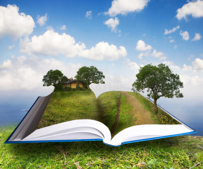 Lanscape rural dans le livre ouvert photos libres de droits