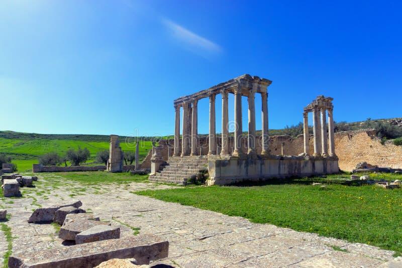 Lanscape van de Tempel van Juno Caelestis in Dougga, Tunesië stock foto