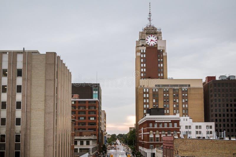 Lansing Michigan Cityscape på en regnig dag arkivbild