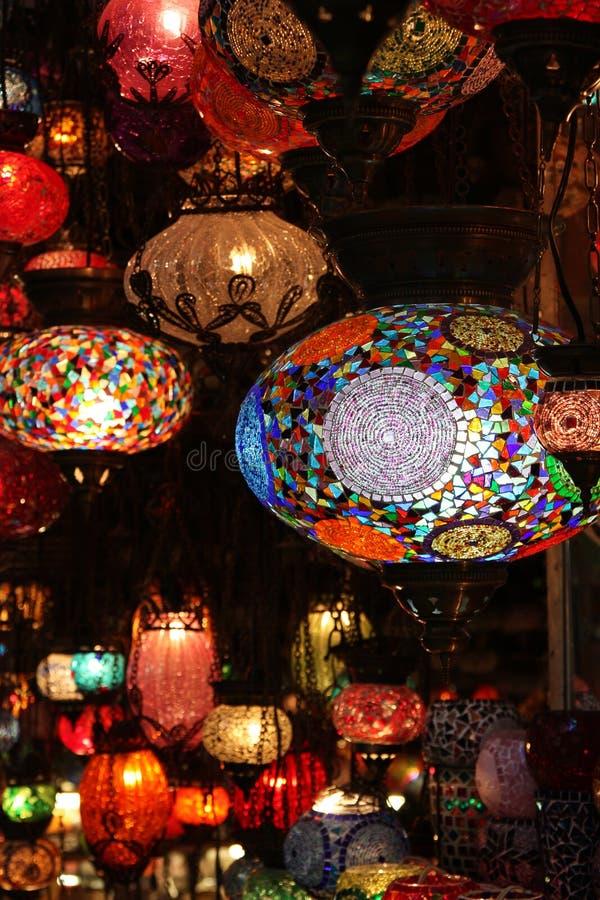 Lantaarn bij de Bazaar Gran van Istanboel stock foto's