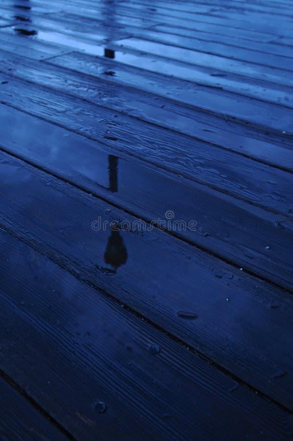 Lantaarnpaal de houten pijler in Boston wordt overdacht dat stock foto's