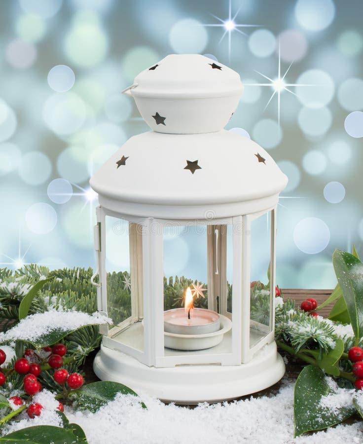 Lanterna bianca con fondo magico immagini stock