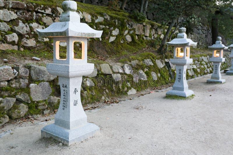 Lanterna di pietra giapponese fotografia stock