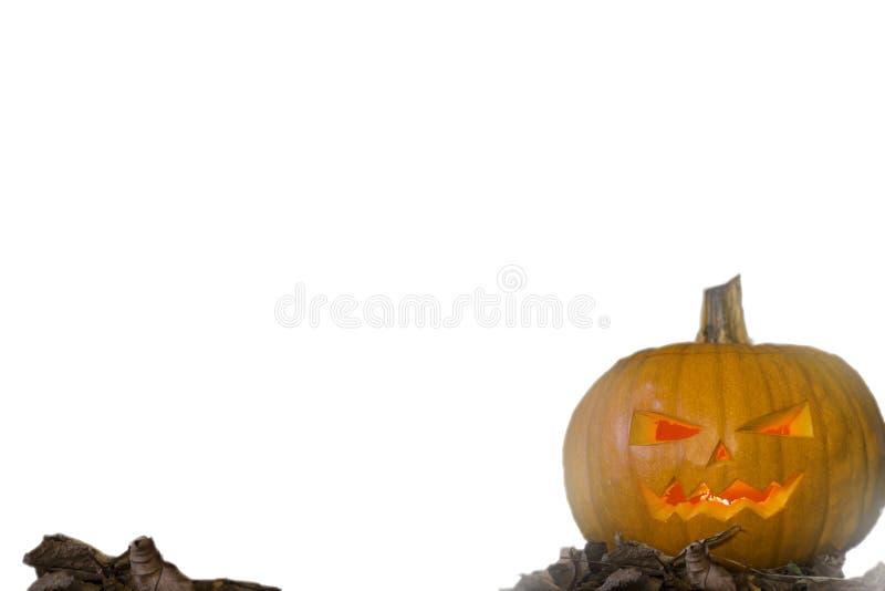 Lanterna do jaque da cabeça da abóbora de Dia das Bruxas com as velas ardentes isoladas no fundo branco imagem de stock royalty free