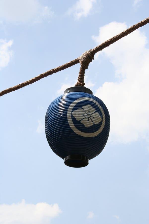 Download Lanterna giapponese immagine stock. Immagine di giardino - 211595