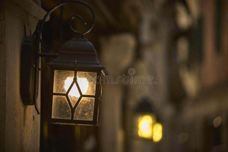Lanterna ideal da avenida imagem de stock
