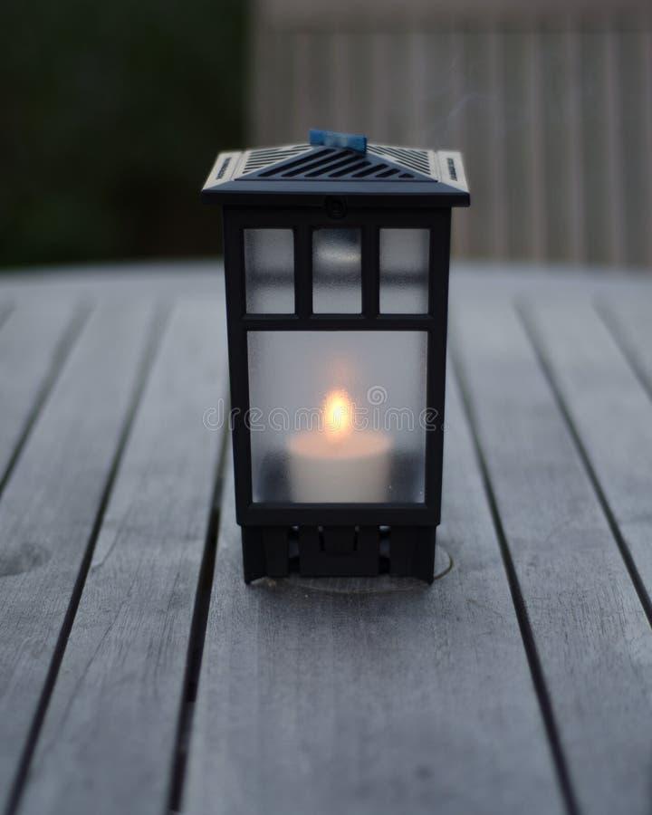 Lanterna na tabela foto de stock royalty free