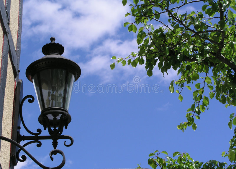 Lanterna no céu fotos de stock royalty free