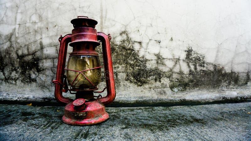 A lanterna velha fotografia de stock royalty free