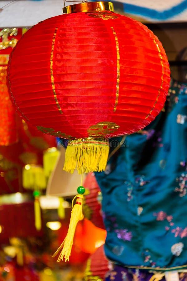 Lanternas chinesas grandes no bairro chinês do ` s de Londres fotos de stock