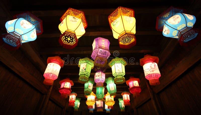 Lanternas de papel tradicionais chinesas fotografia de stock royalty free