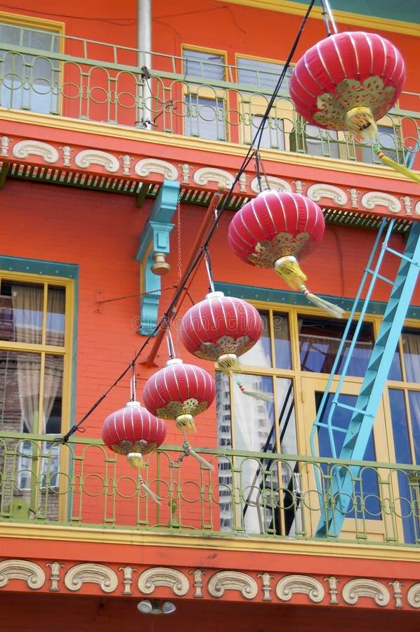 Lanternas de papel vermelhas do bairro chin?s de San Francisco fotografia de stock