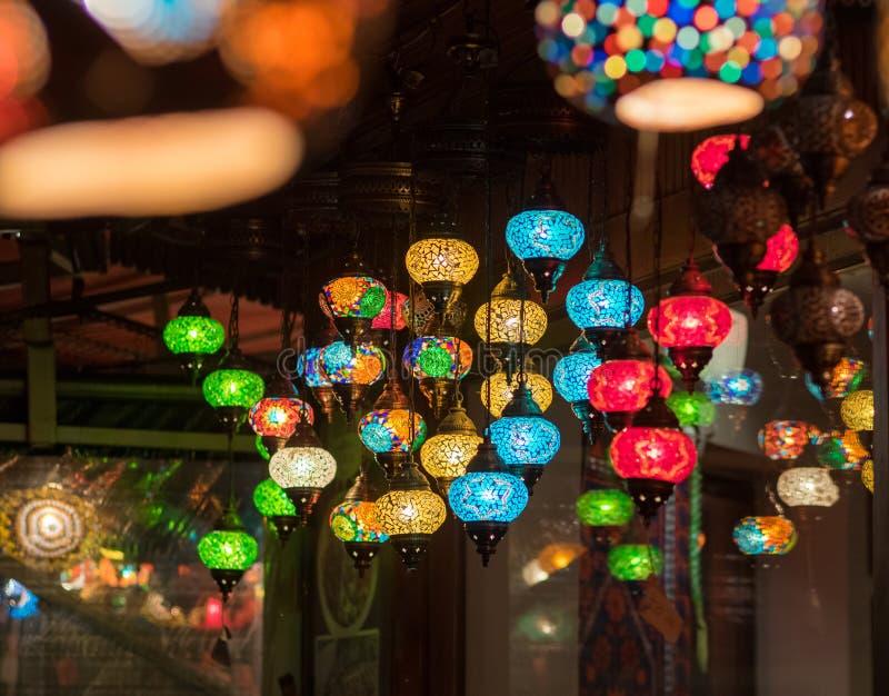 Lanternas na loja de Istambul, Turquia foto de stock royalty free